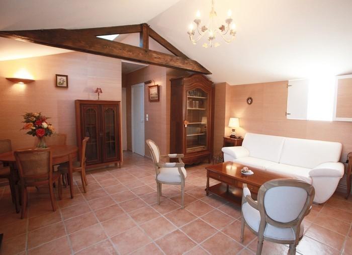 Locations de vacances les h bergements 39 accueil v lo for Meuble 5 etoile ezzahra