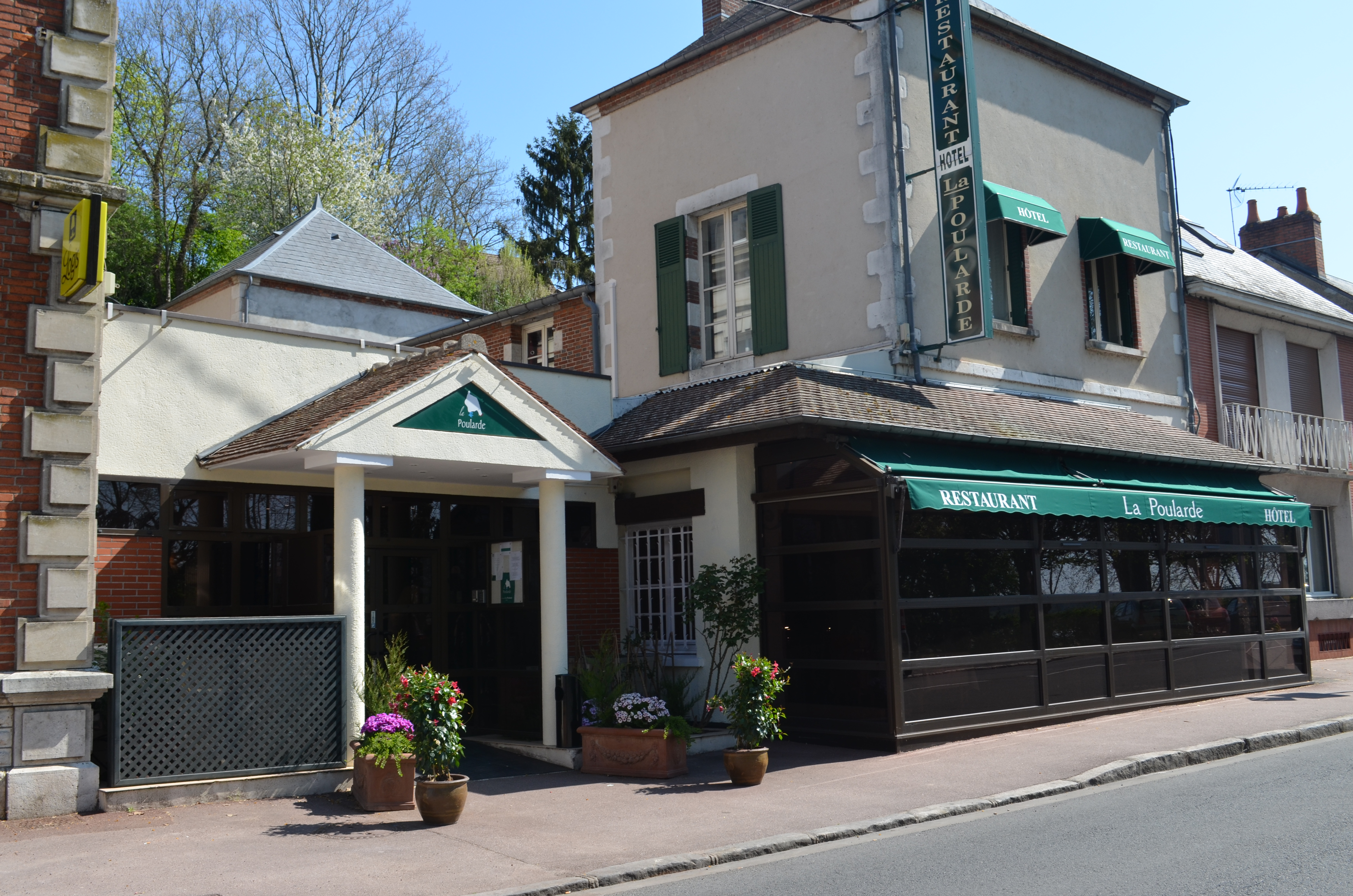 Office de tourisme de gien la poularde - Office de tourisme de gien ...