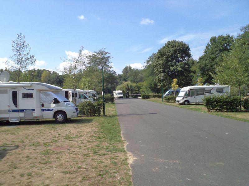 Aire de stationnement pour camping-cars - Le Martinet